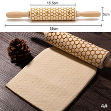 Load image into Gallery viewer, New Leaf Christmas Deer Wooden Multi-purpose Roll Stick, Biscuit Dough Cake Christmas Pattern Printing