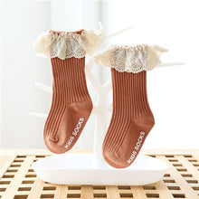 Load image into Gallery viewer, Newborn girl lace socks, baby non-slip knee socks, cotton socks, girls autumn and winter stockings
