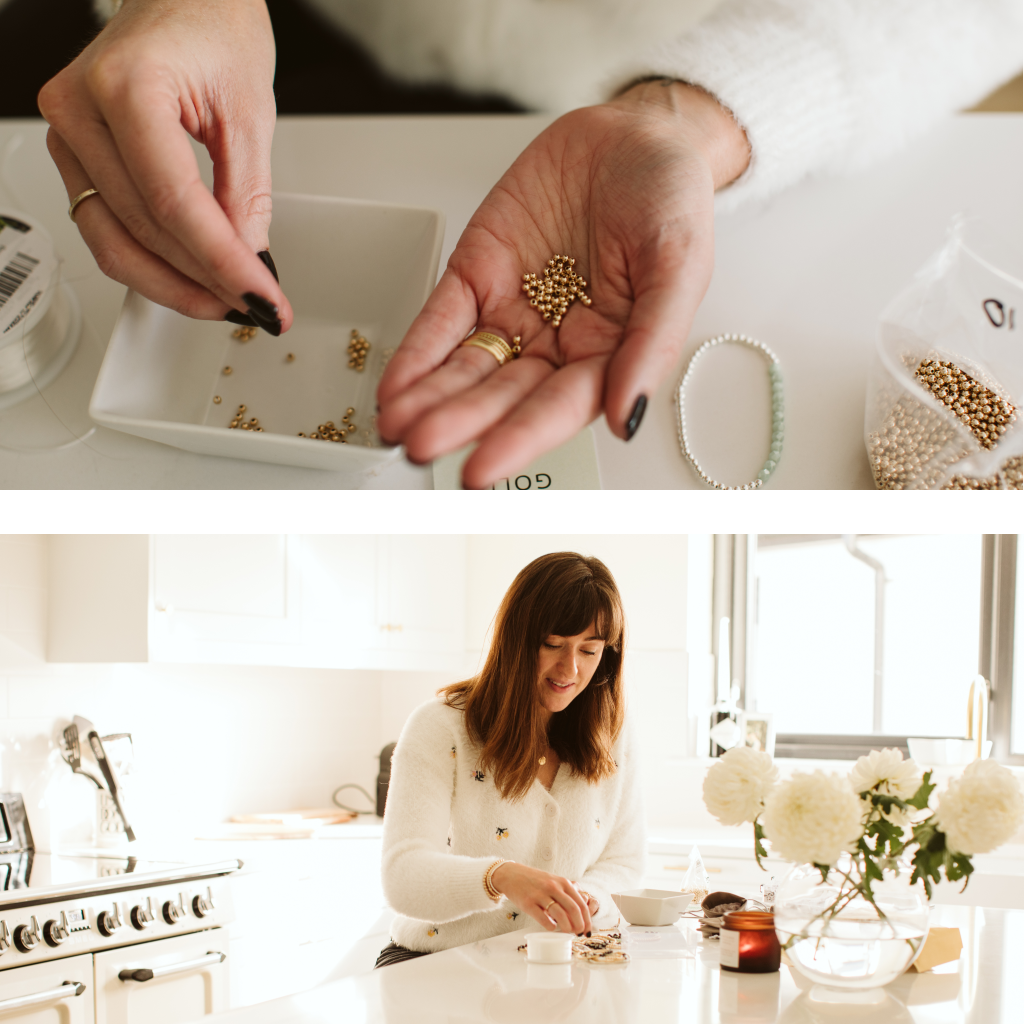 Erinn from Ivy&Gold making personalised bracelets
