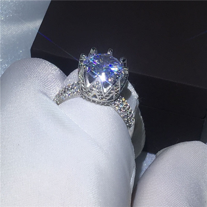 Queen Crown Diamond Ring