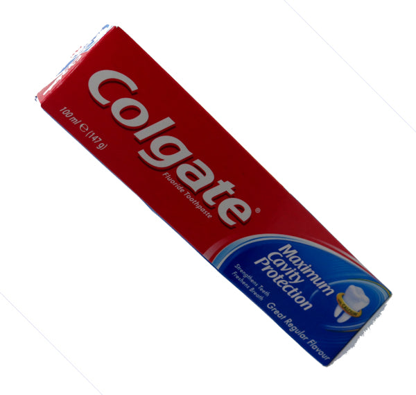 Colgate Fluoride Toothpaste with Maximum Cavity Protection 100ml