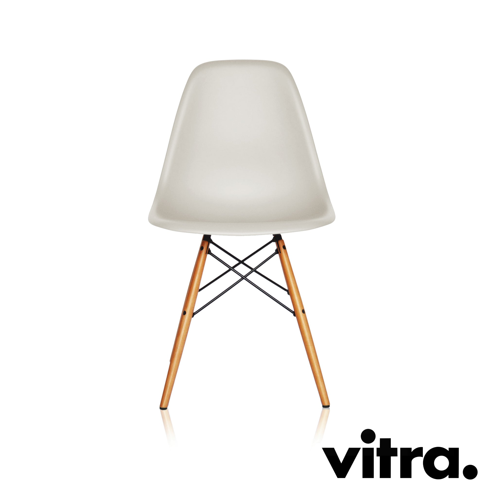 Vitra – Eames Plastic Side Chair DSW, Ahorn gelblich