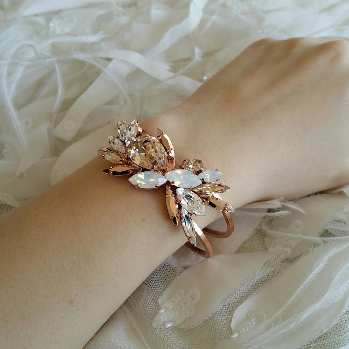 Limni Cuff - Bracelet Wedding - Roman & French