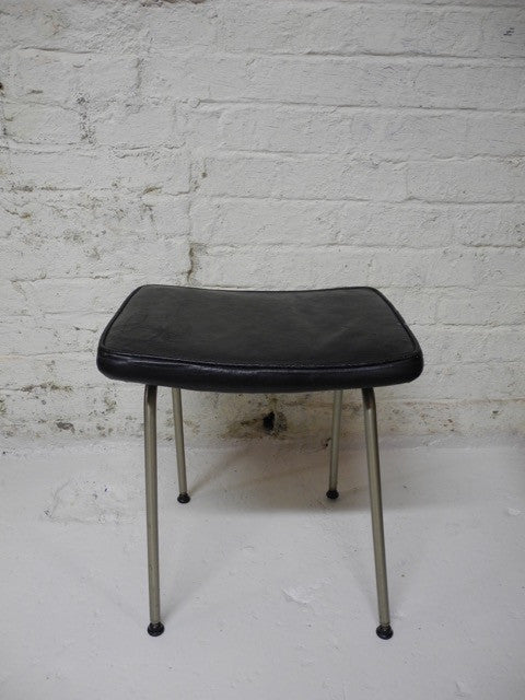 Stag Fineline Stool Reid Steel Leather