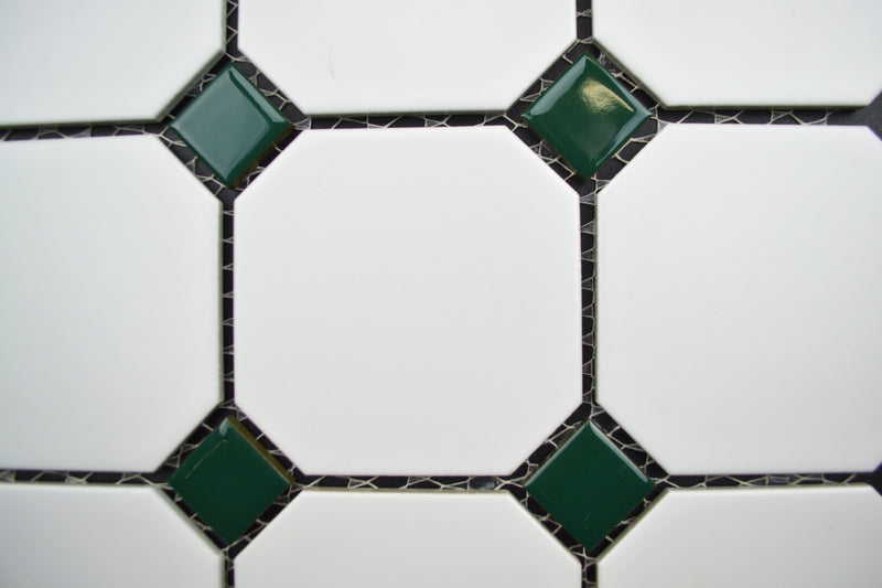 "4"" Octagon With Green Dot"