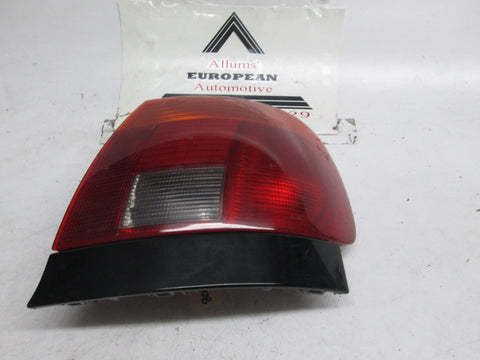 96-98 Audi A4 right passenger side tail light 8D0945112B