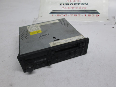 Audi radio cassette player 893035093C