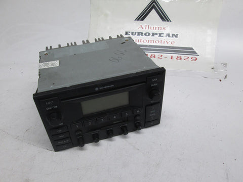 Volkswagen MK4 Jetta Golf CD player 3B7035180