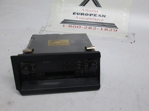 Volvo 240 740 940 960 factory radio 1398615