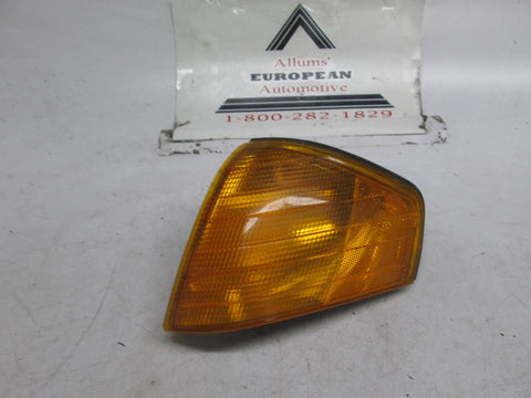 Mercedes R129 left front turn signal 90-93 0008260243
