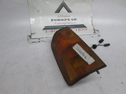 Volvo 240 242 244 264 right front turn signal 75-80 1235322