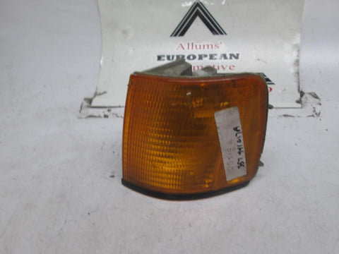 Volkswagen passat left front turn signal marker light 90-94 357941017A