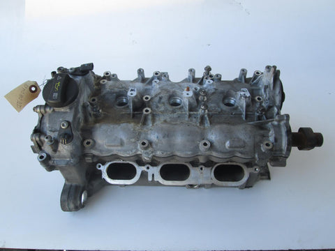 Mercedes E C ML GLK 350 M276 engine cylinder head 2760162401