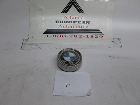BMW E28 E24 E30 E12 2002 wheel center cap 3