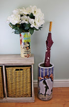 Load image into Gallery viewer, Umbrella stand, demandez partout le frou design with free vase
