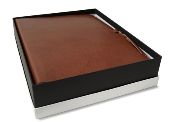 Rustico handmade leather-bound large photo album saddle brown