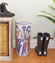 Lade das Bild in den Galerie-Viewer, Umbrella stand, pastel coloured umbrellas design