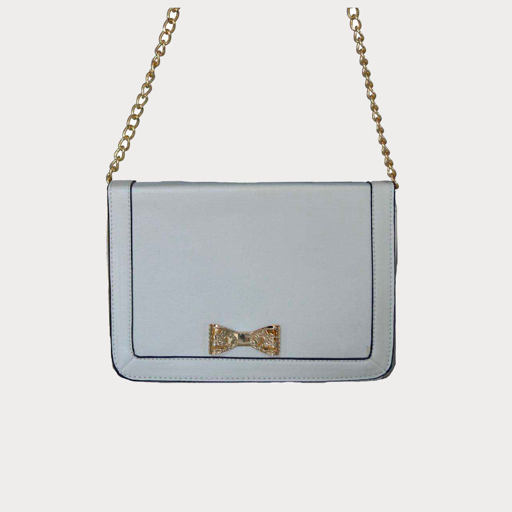 White shoulder bag with bow