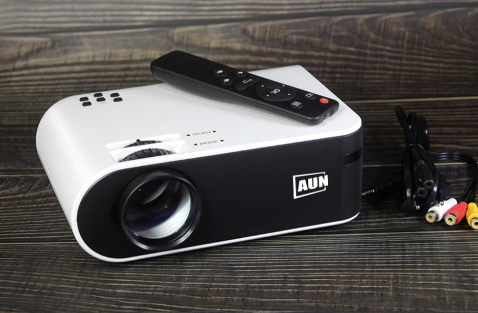 Mini Projector 2800 Lumens HD 1080P LED Projector 3D Home Theater