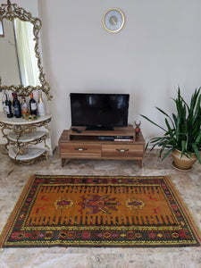 Ancient Nature Design Hittite Rug with Leather - Hittite Home