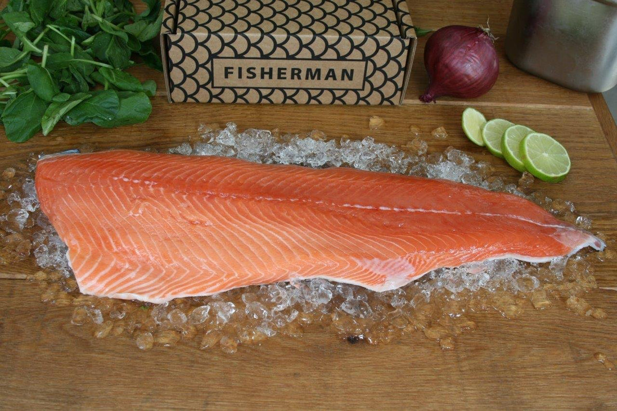 Salmon fillet without bones & skin