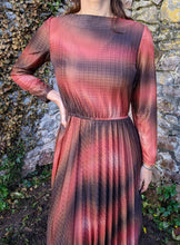 Load image into Gallery viewer, ** SOLD ** Vintage Amber & Brown Detail Dress