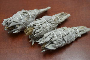 3 Pcs White Mini Sage + Patchouli Bundle Smudge