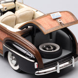 Ford Sportsman Super Deluxe convertible 1946 - 1:18 Voitures