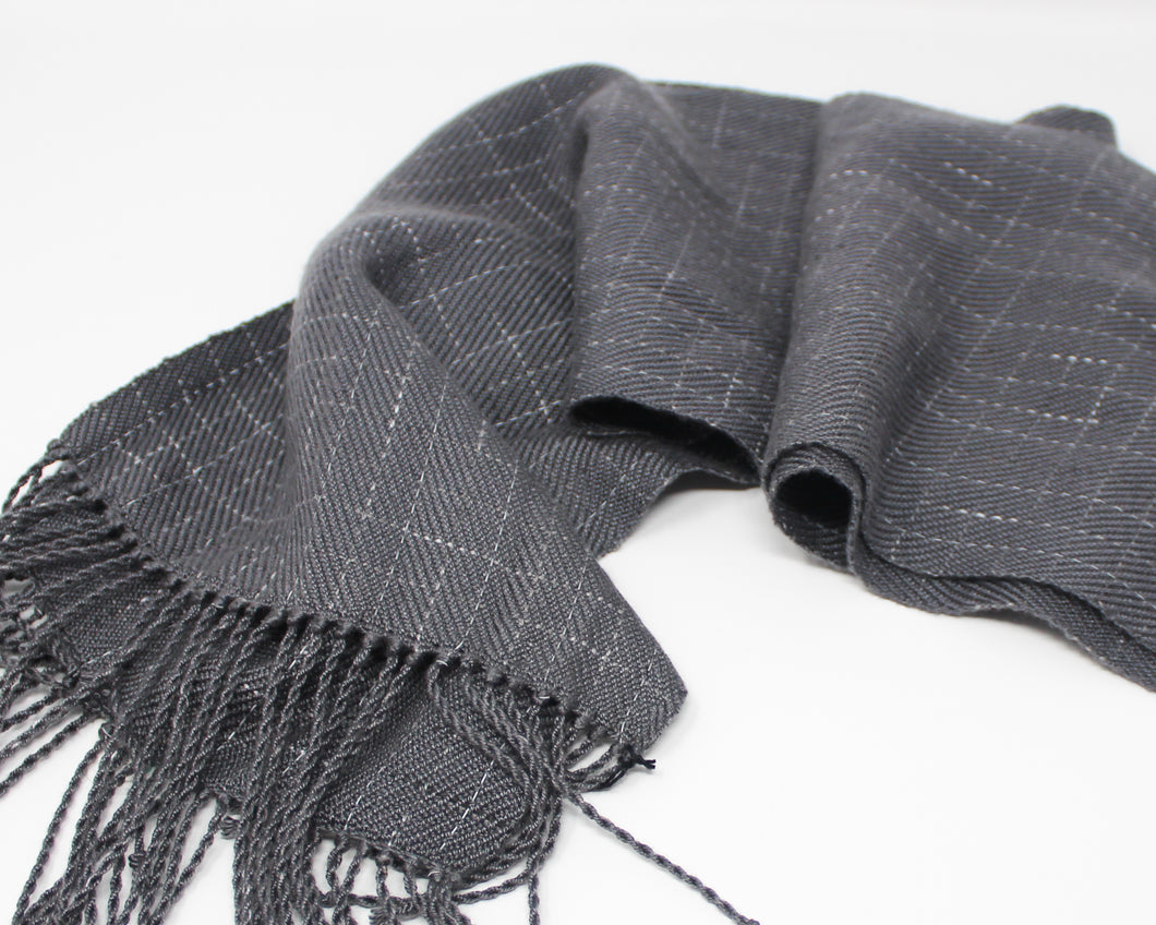 Break the Grid Reflective Scarf - Gray