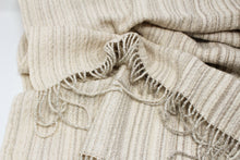 Load image into Gallery viewer, Ivory Mélange Shawl