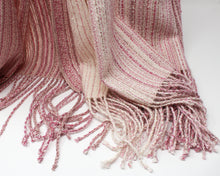 Load image into Gallery viewer, Dogwood Mélange Shawl