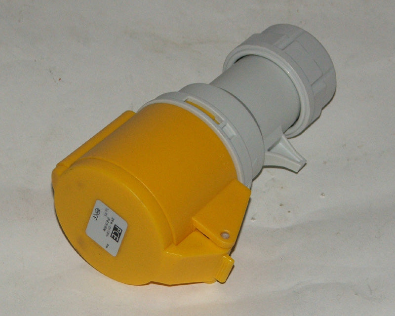 Socket 110 volt 3 pin 32 amp yellow Gw110/32/3C