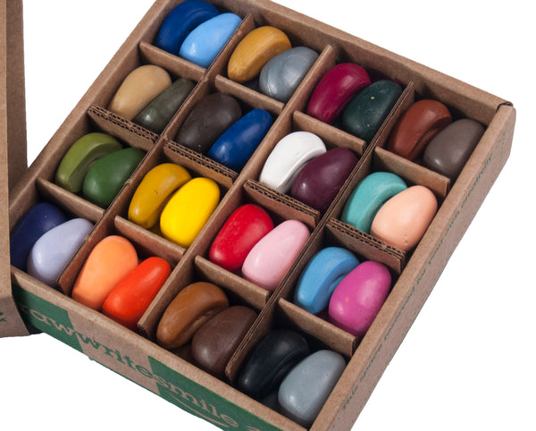 CRAYON ROCKS - Just Rocks in a Box - 64 Natural Soy Wax Crayons in 32 Colours (Stimulating Tripod Grip)