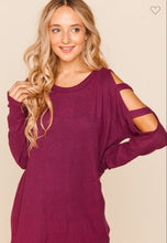 Load image into Gallery viewer, Magenta Hacci Cut Out Shoulder Raglan Blouse