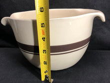 "Load image into Gallery viewer, Unique ""McCoy"" Pour Spout & Handle Bowl"