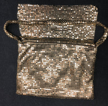 Load image into Gallery viewer, Gold sequence hand bag, purse