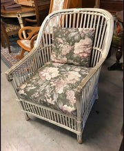 Load image into Gallery viewer, Vintage Rattan Chair