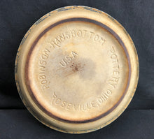 Load image into Gallery viewer, Vintage Robinson Ransbottom Roseville Ohio Pie Plate Blue Sponge Painted Rim