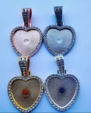 Open image in slideshow, Blank Rhinestone Heart Pendant