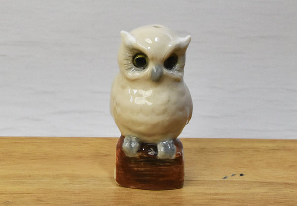 Owl pie bird flute funnel vent figurine ceramic stoneware Anita Reay AnitaReayArt buff coloured