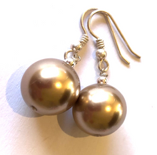 Load image into Gallery viewer, Discontinued Colour Sophie Collection Swarovski® Crystal Pearl Earrings
