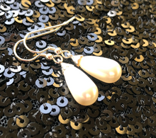 Load image into Gallery viewer, Lucy Pear Shaped Swarovski® Crystal Pearl Earrings