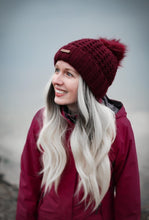Load image into Gallery viewer, Shoreline Bobble Hat