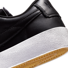 Load image into Gallery viewer, Nike Blazer Low LE