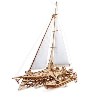 Mechanical Model - Trimaran Merihobus Sailboat
