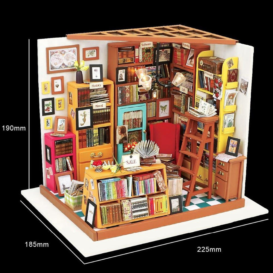DIY Dollhouse - Sam's Study Room