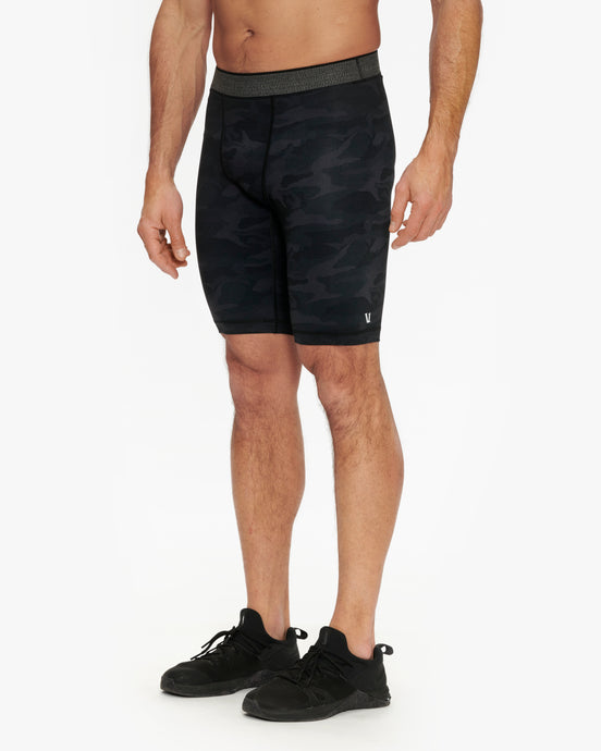 VUORI LIMITLESS COMPRESSION SHORT
