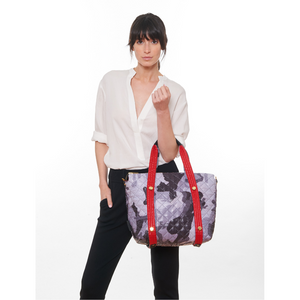 GOLDNO.8 THE REVERSIBLE CARRYALL TOTE BAG