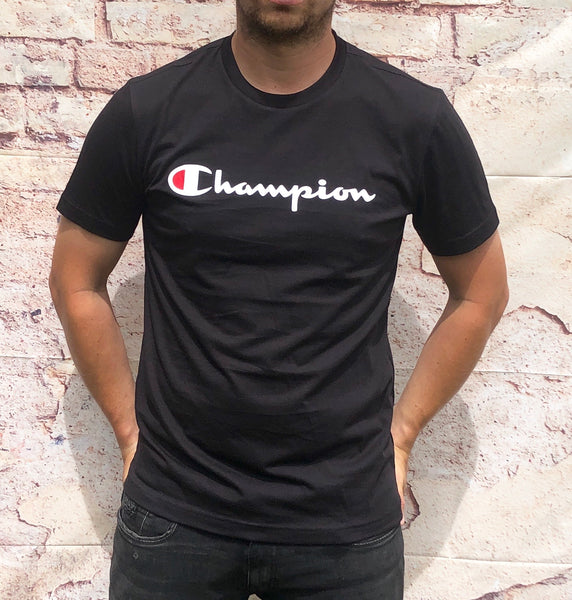 Black, round-neck Champion tee shirt / Tshirt with large, printed Champion logo across the chest