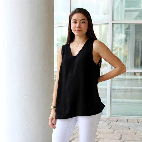 Black Crepe Easy Top